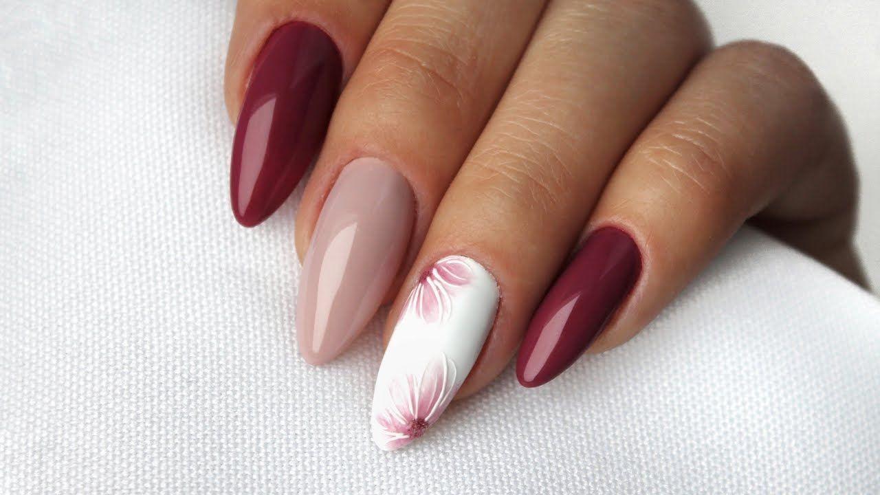 Delicate Flower Nail Designs Delikatne Zdobienia Kwiaty Na Paznokciach Flower Nails Nails Inspiration Pink Nail Art
