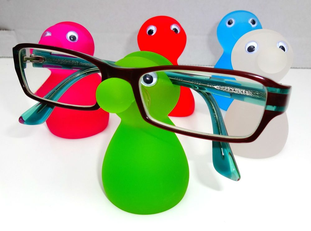 1d599324a89 NEW SNOOZLE GLASSES STAND HOLDER SEAT FOR YOUR SPECS GIFT STOCKING FILLER  BOXED in Jewellery   Watches