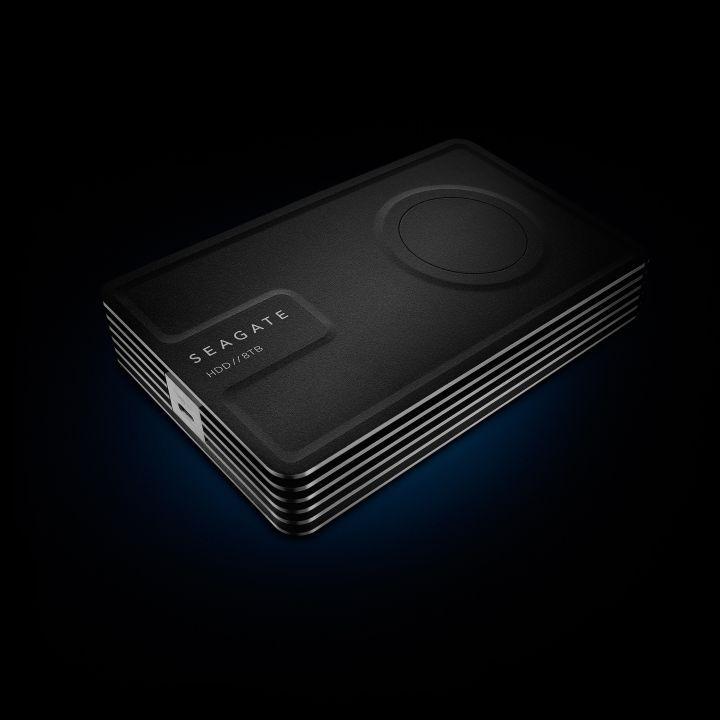 Seagate stellt mit Innov8 weltweit erste Desktop-Festplatte mit Stromversorgung über USB vor