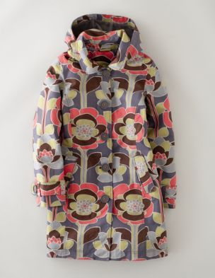 I really really want this Boden coat. I could wear it all the time, spring, rainy summer days, fall and early winter. I love the print and colors so much.