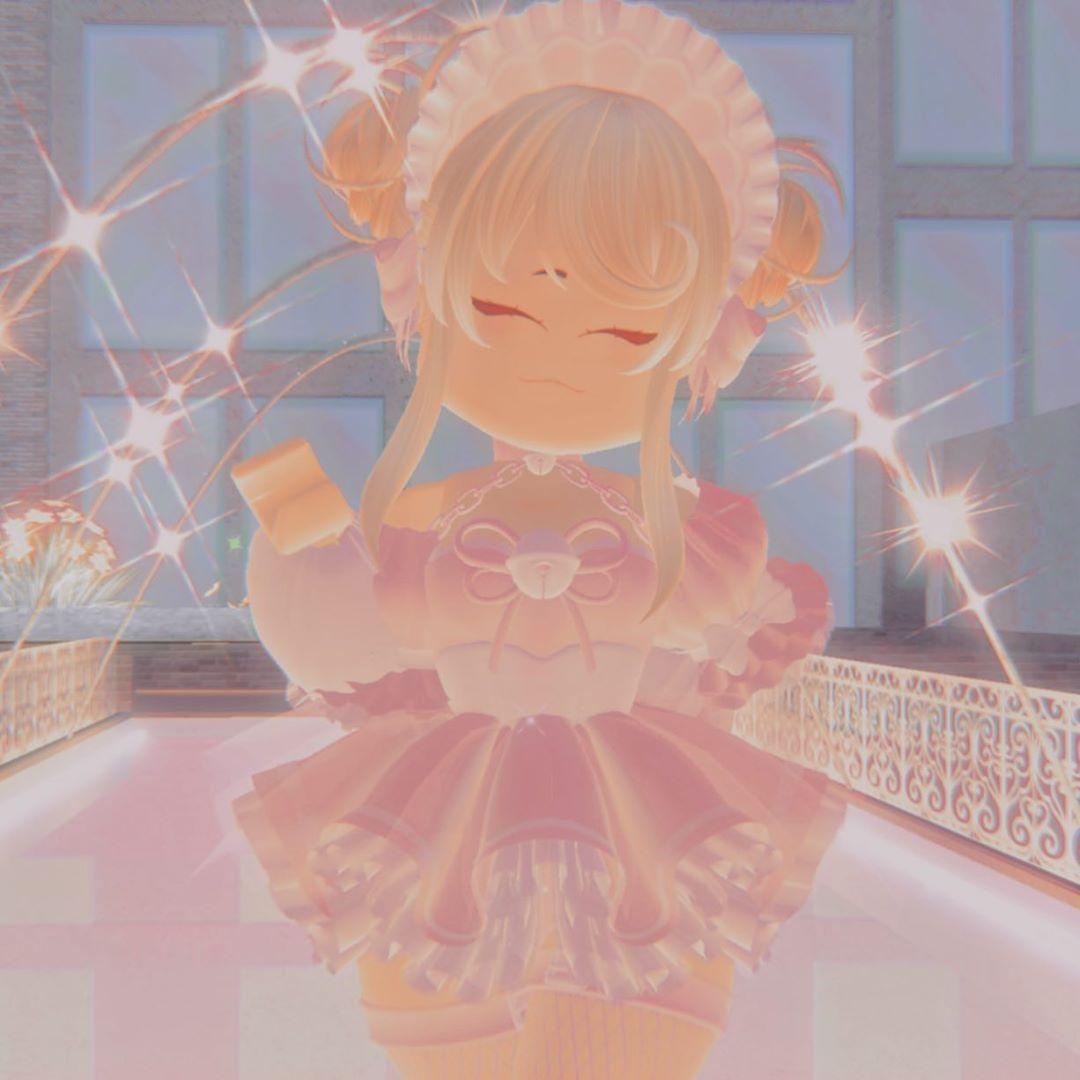 Aesthetic Anime Pfp For Royale High - Lia Roblox Royale ...