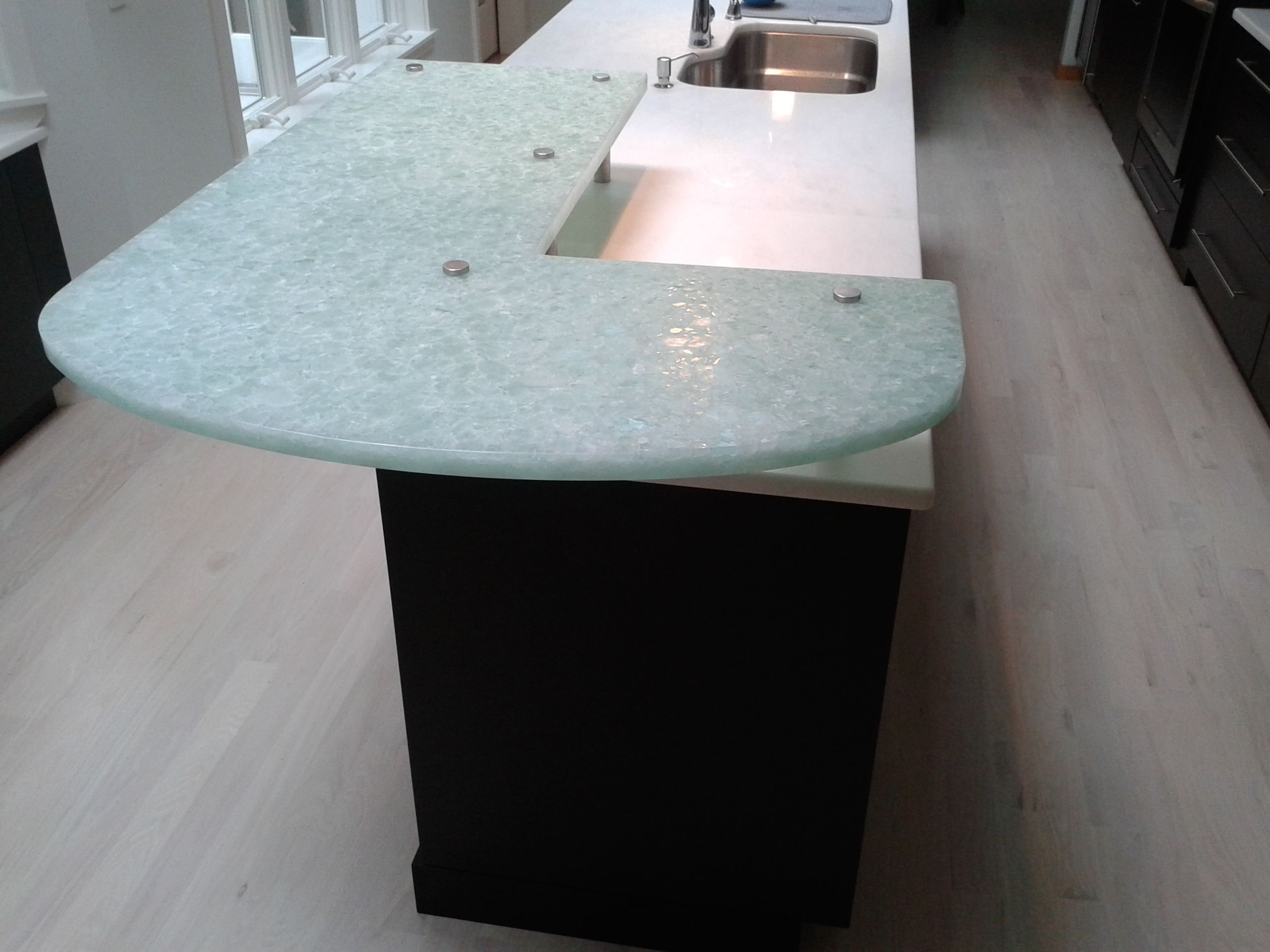 Perfect Nuovo Glass, Recycled Glass Countertop Made In Massachusetts.