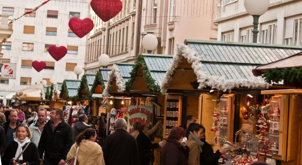 Croatian Christmas Magic Advent In Zagreb Christmas Markets Europe European Holidays Zagreb Croatia