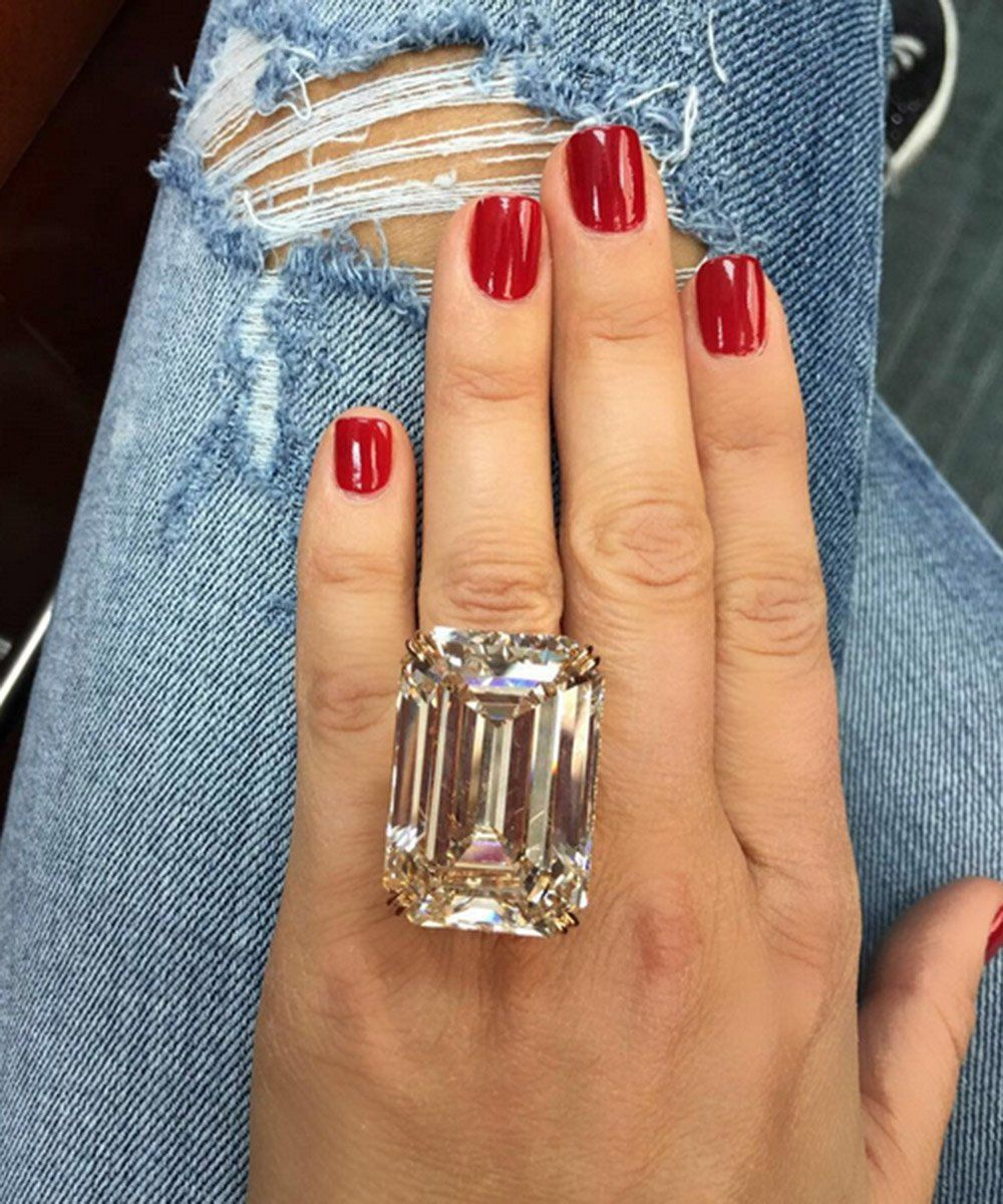 """Marie Claire on Twitter: """"Is this 80 carat engagement ring too much? https://t.co/ikgnGX3jSC https://t.co/NGLrHvKghv"""""""