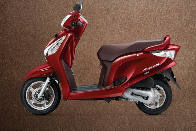 The Updated Honda Aviator Scooter With The Automatic Headlight On Aho Safety Feature Works Wherein When A Rider Switches On The Igni Honda Bike News Aviation