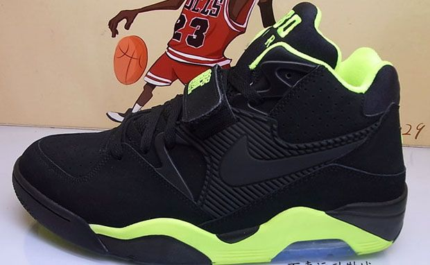 Nike Air Force 180 Volt Pack