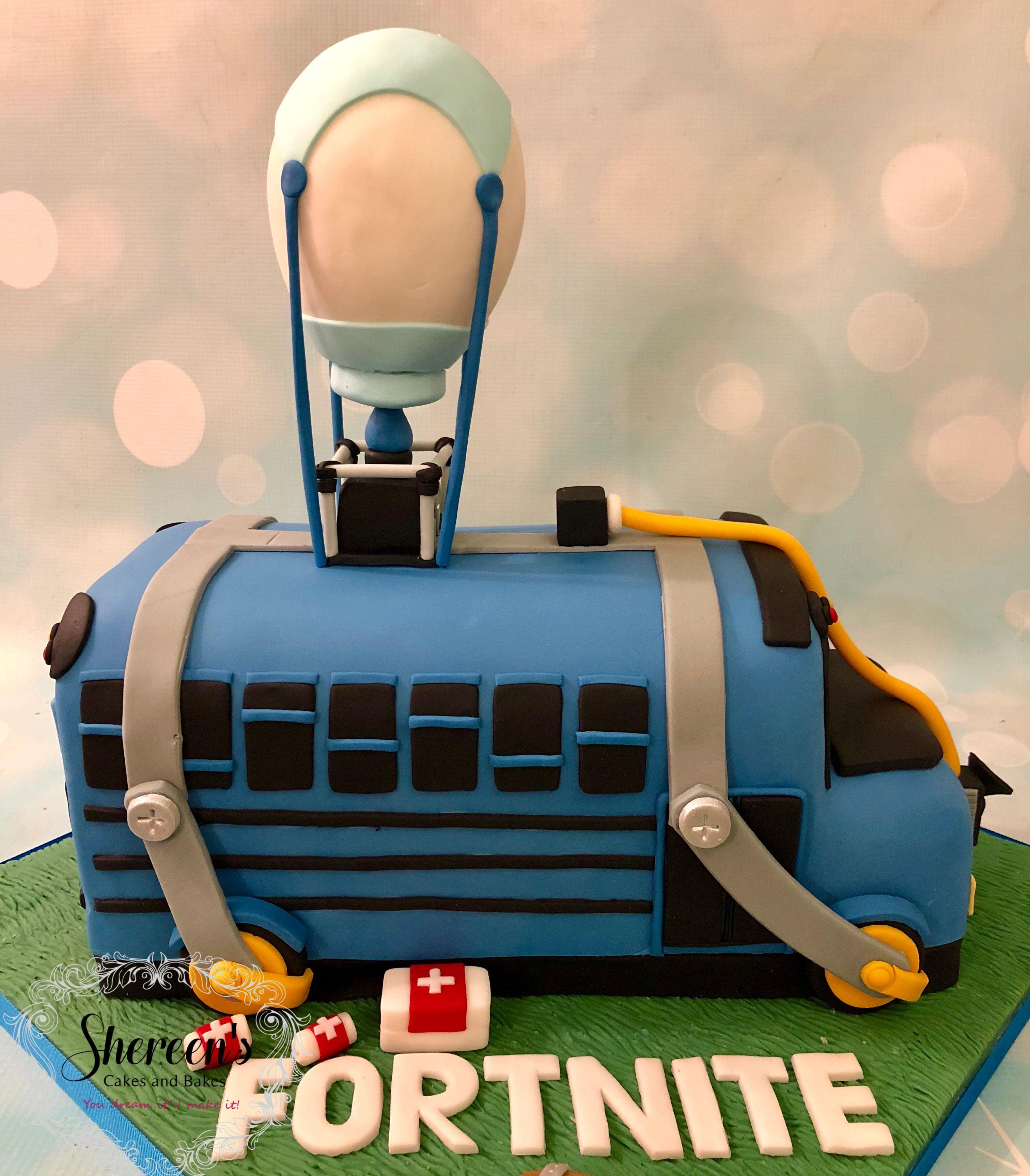 Fortnite Novelty Birthday Cake Battle Bus