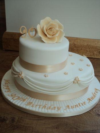 90th Birthday Cakes