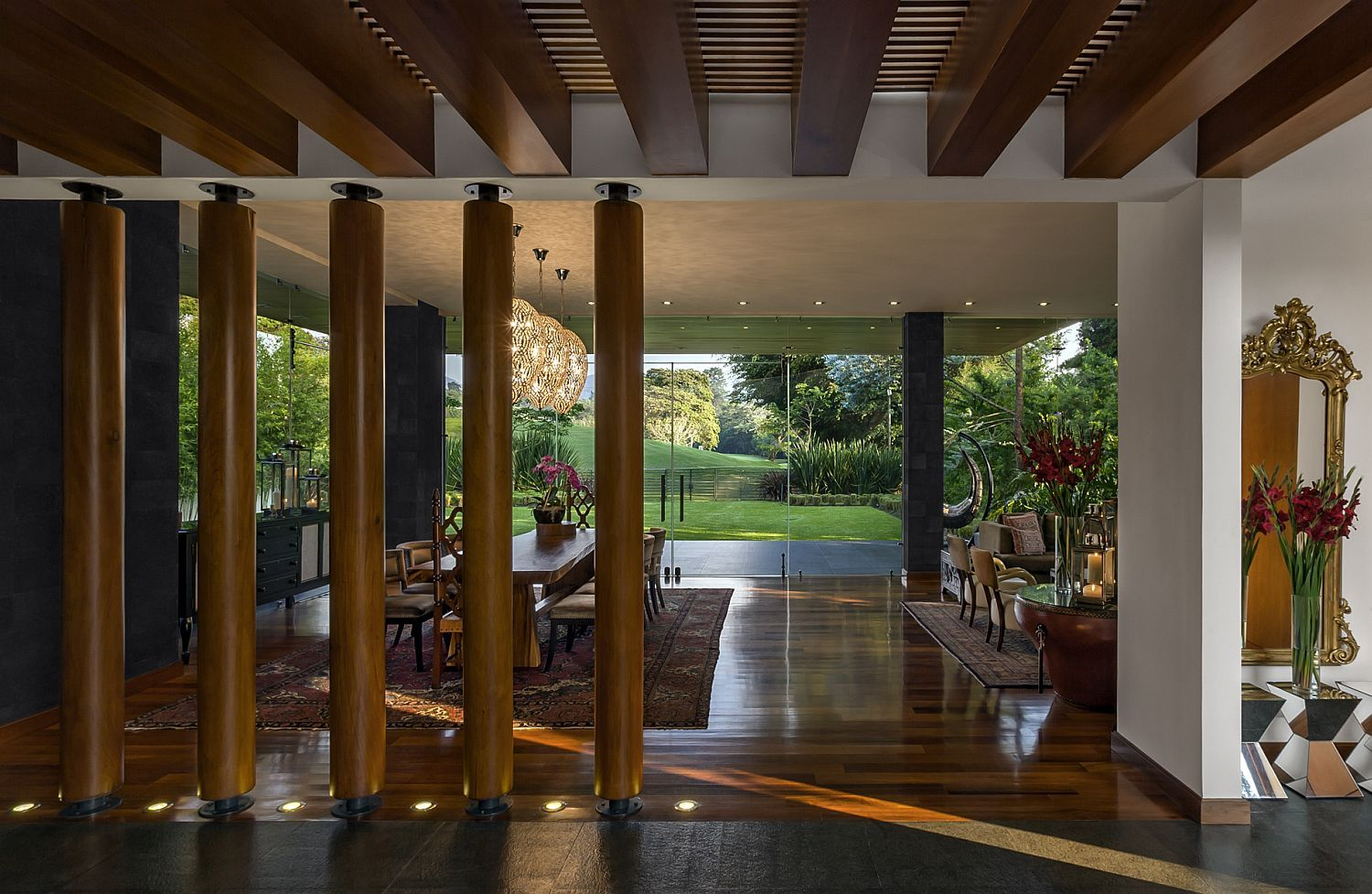 A Balance Of Elements Serene Contemporary Home In Guatemala Contemporary House Woodland House Wooden Pillars