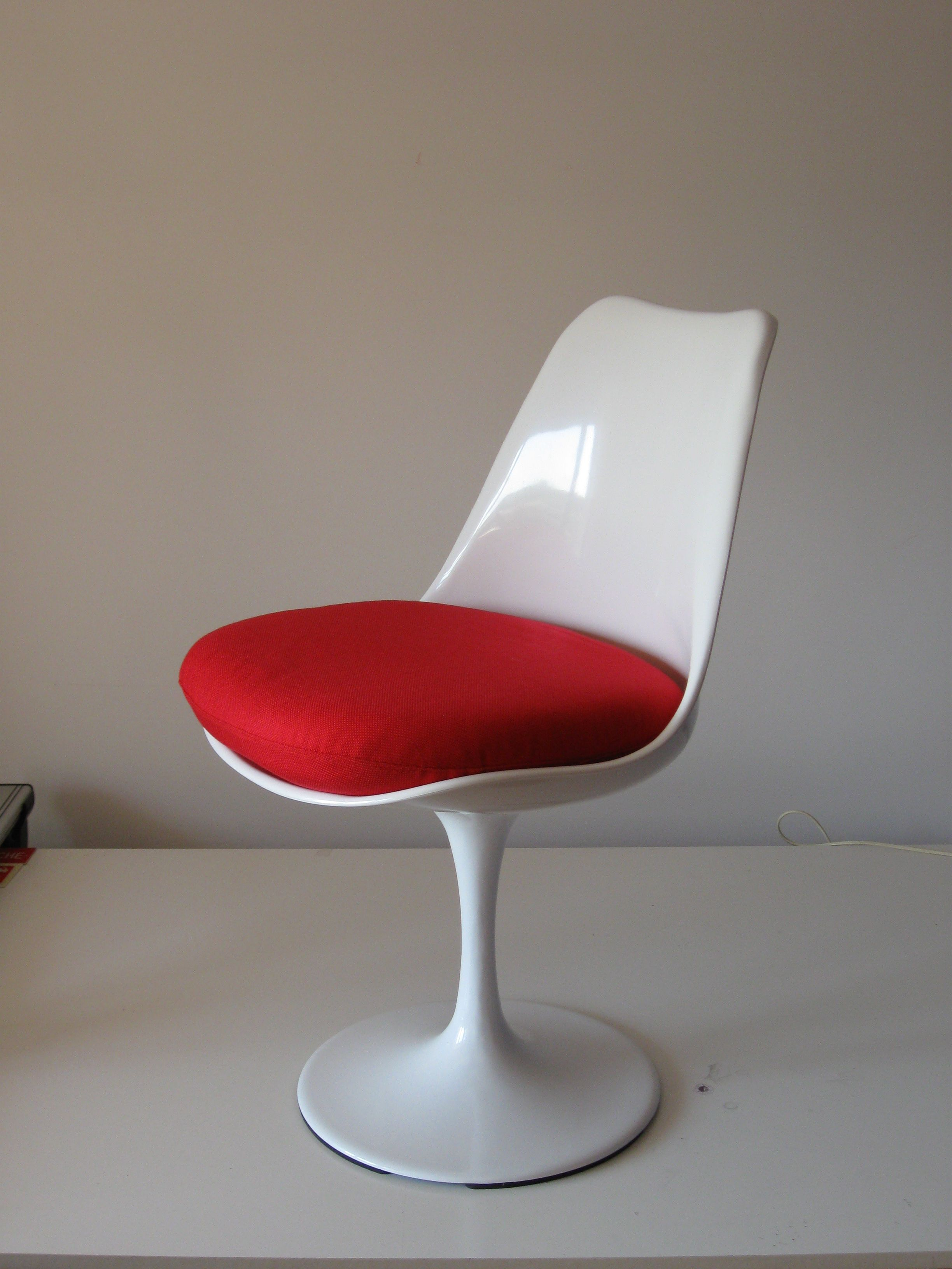 Sedia Tulip, Eero Saarinen, 1956. Riedizione contemporanea ...