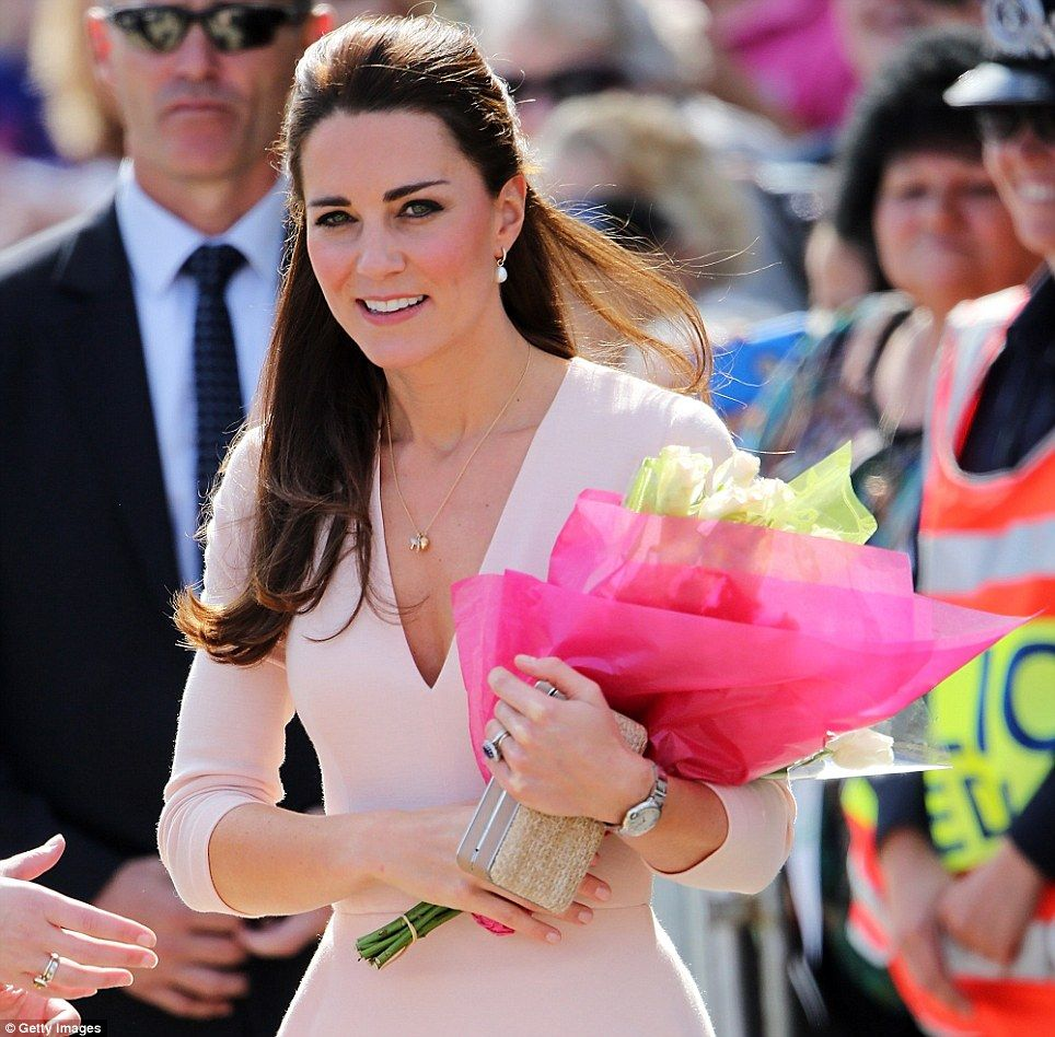 Kate jets into Adelaide with William | Mónaco