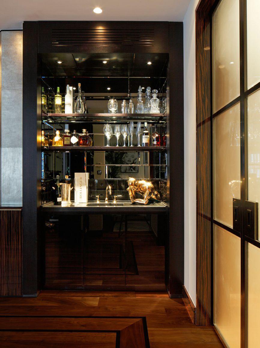 Casa forma davies street mayfair portfolio of for Modelos de muebles para bar