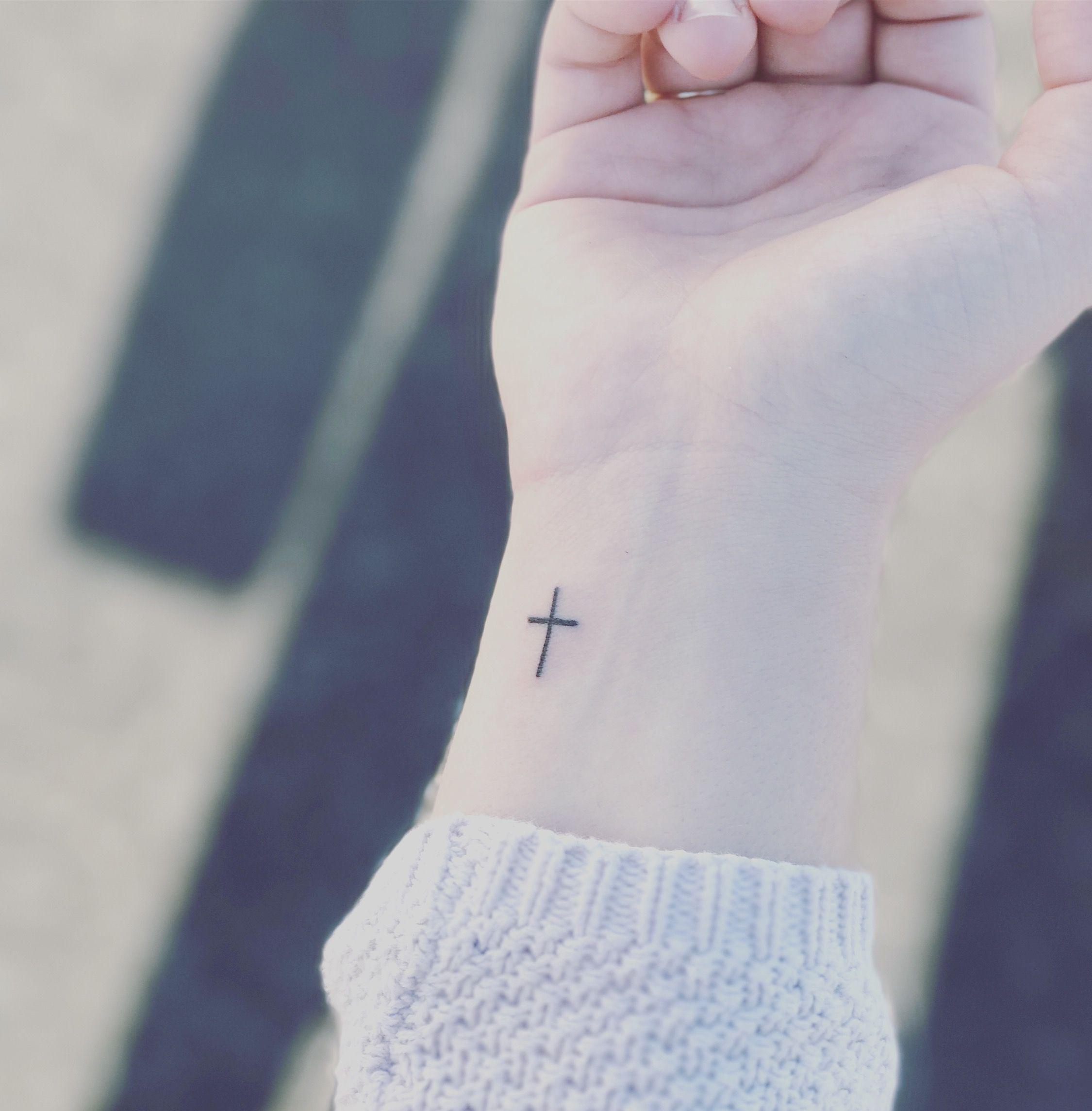 Cross Tattoo On Wrist M Wedding Ideas Pinterest Tatuajes