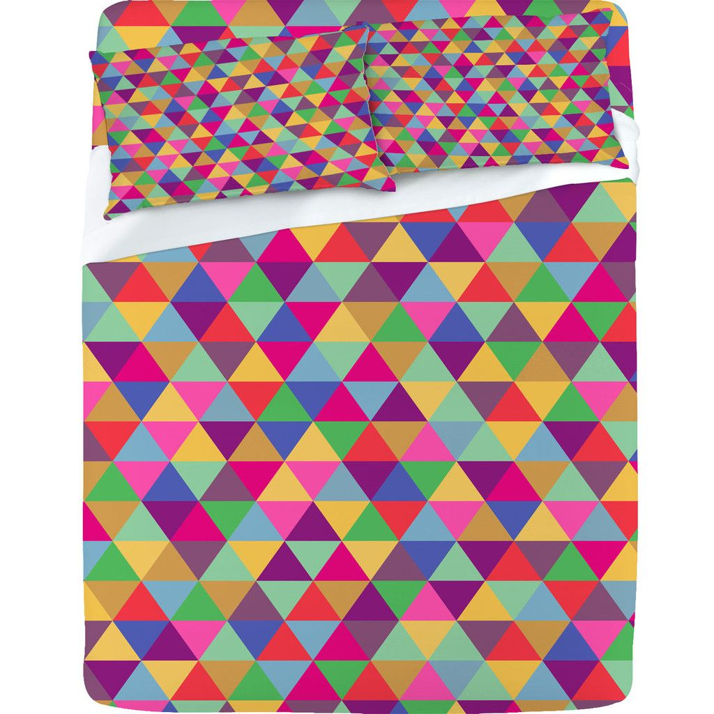 Bianca Green 'In Love With Triangles' Sheet Set