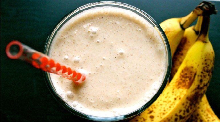 el plátano ayuda a quemar grasa