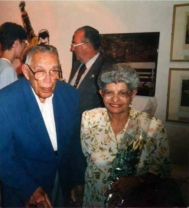 Rare Image Of Bomi And Jer Freddie Mercury Parents D Queen Freddie Mercury Freddie Mercury Parents Freddie Mercury