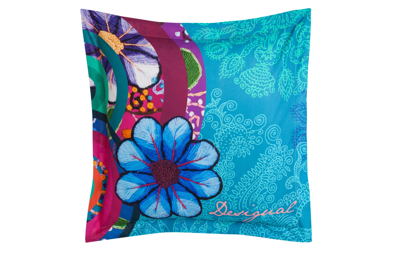 taie d 39 oreiller desigual hand flower. Black Bedroom Furniture Sets. Home Design Ideas