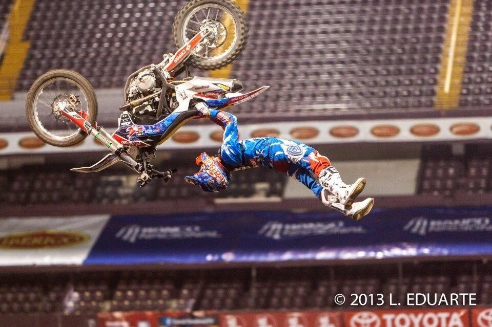 Twitter Danytorres71 Hay Dejo Una Foto De Los Entrenos Freestyle Motocross Motocross Freestyle
