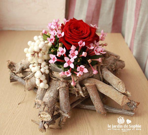 Etoile florale en bois pour les f u00eates nöel Pinterest Art floral # Grand Fagot De Bois Decoration