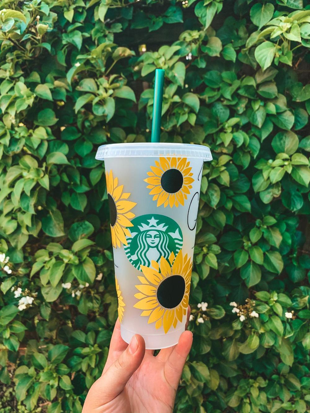 Sunflower Starbucks Cup Etsy Starbucks Cups Starbucks Diy Personalized Starbucks Cup