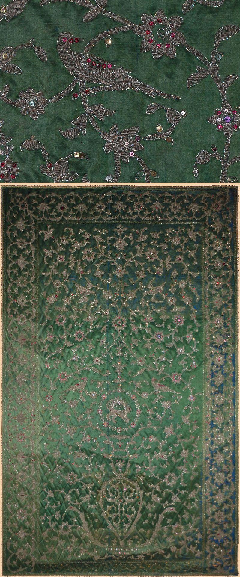Persian Textiles Textileasart Com Fine Antique Textiles And Antique Textile Information Antique Textiles Islamic Art Iranian Art