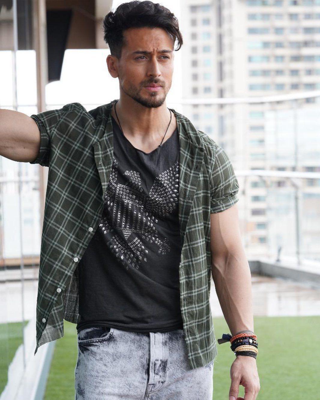 Instagram Post By Tiger Shroff Apr 20 2020 At 1 37pm Utc Tiger Shroff Tiger Indian Celebrities