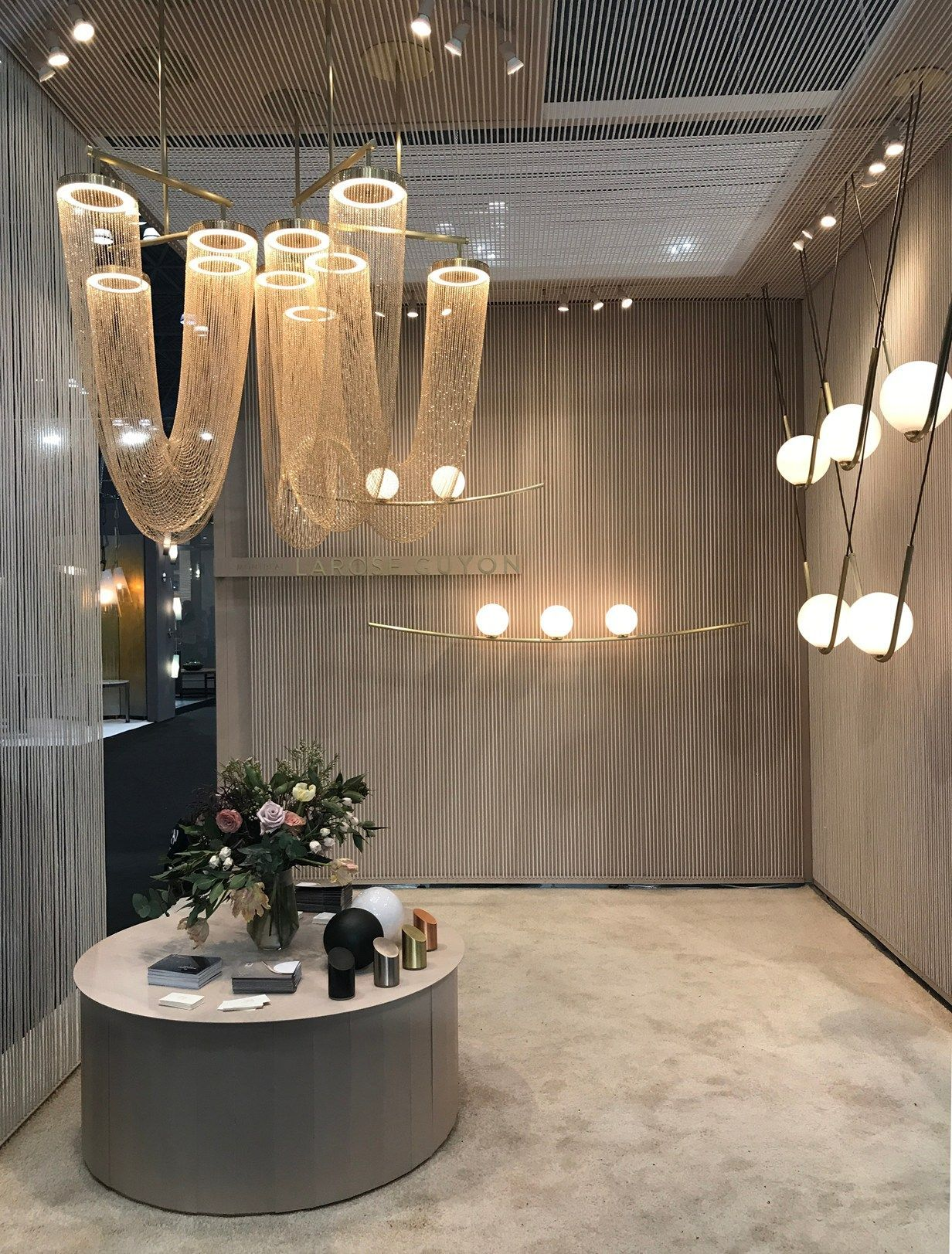 Contemporary Living Style With The On Point Trends - Httpcontemporarylighting