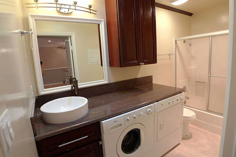 Outstanding Bathroom Layout With Washer And Dryer Bathroom Design Small Bathroom Bathroom Layout Plans Small Bathroom Designs Layout Small Bathroom Floor Plans