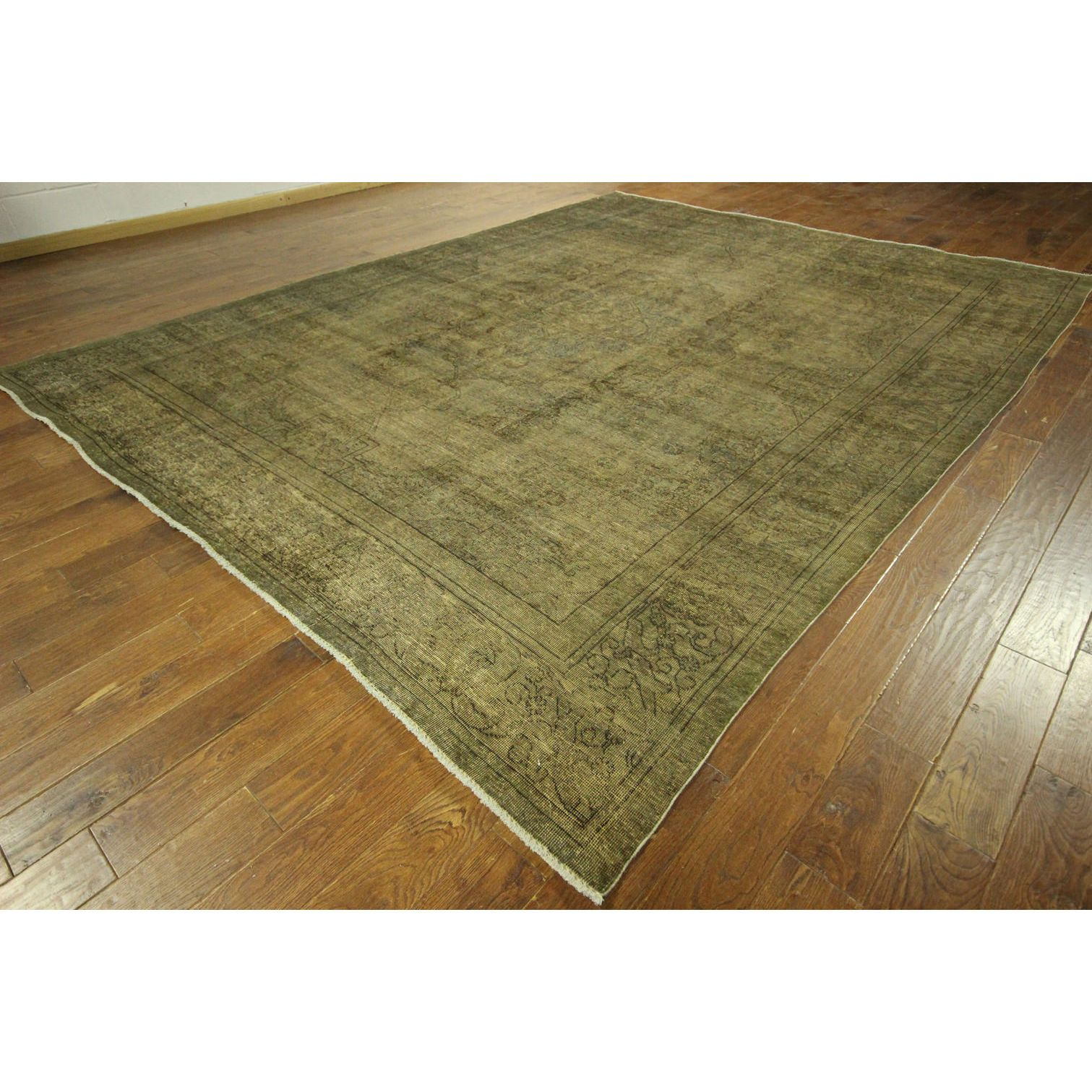 """Manhattan Overdyed Green-Biege Persian Design Hand-knotted Wool Area Rug (10' x 13') (Color: Green, Size: 9' 9"""" X 12' 5""""), Size 10' x 13'"""