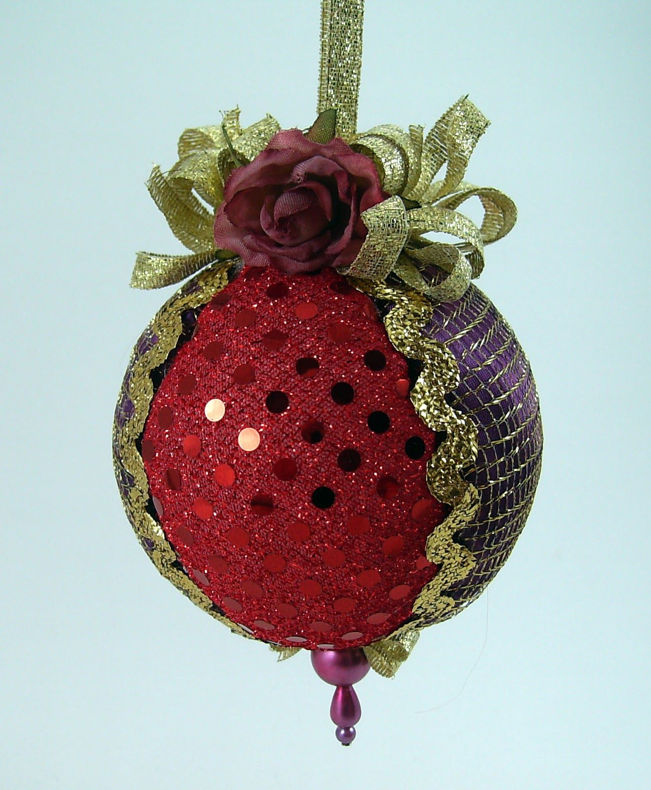 Styrofoam Ball Ornament with Fabric   Quilted Christmas Ball ... : quilted styrofoam ball ornament - Adamdwight.com