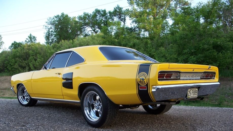 Auto Thechive Dodge Super Bee Dodge Charger Super Bee Muscle Cars