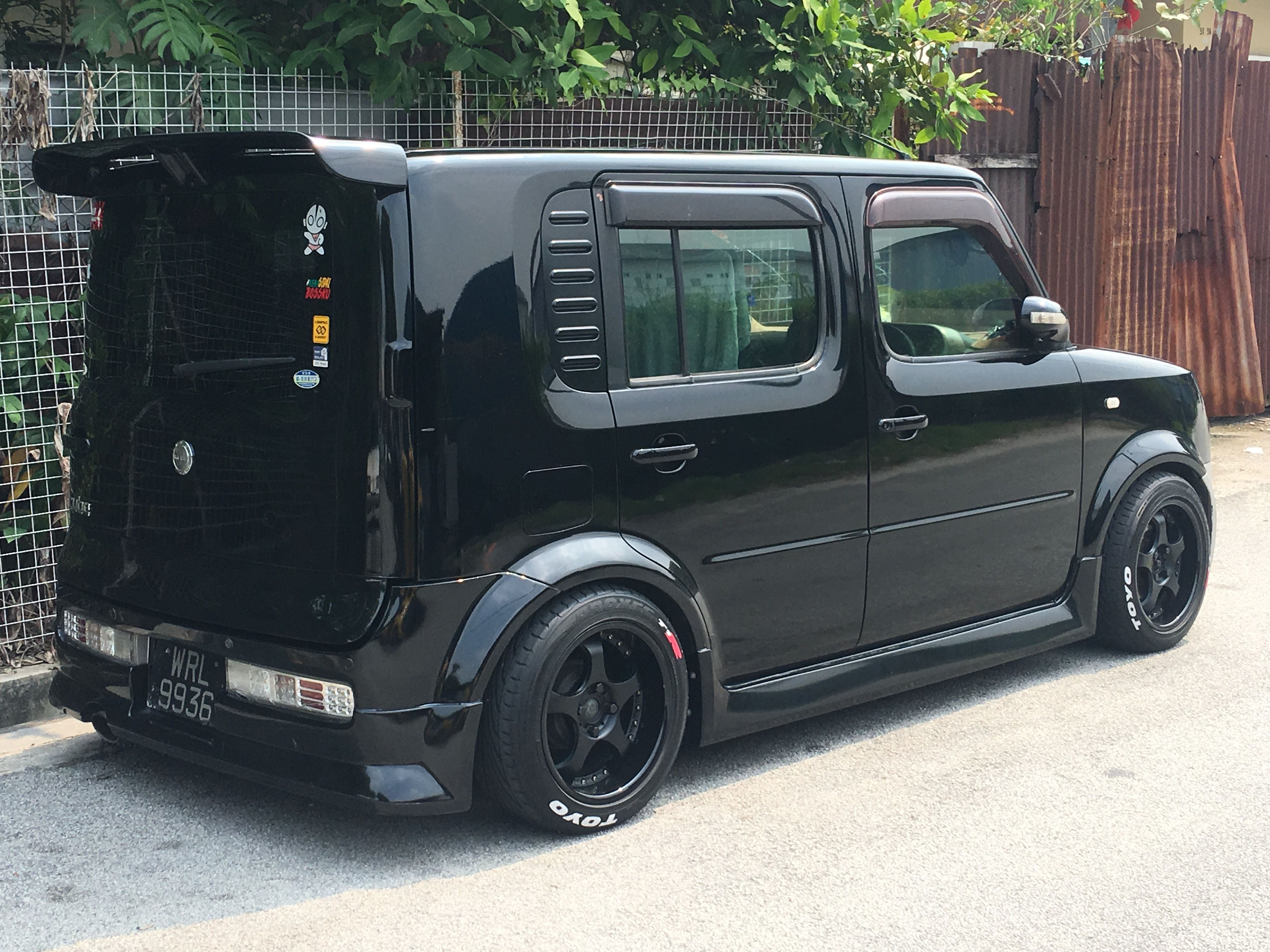 Nissan Cube Nissan Bz11 With Images