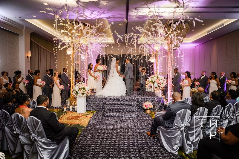 Renaissance North Hills wedding ceremony