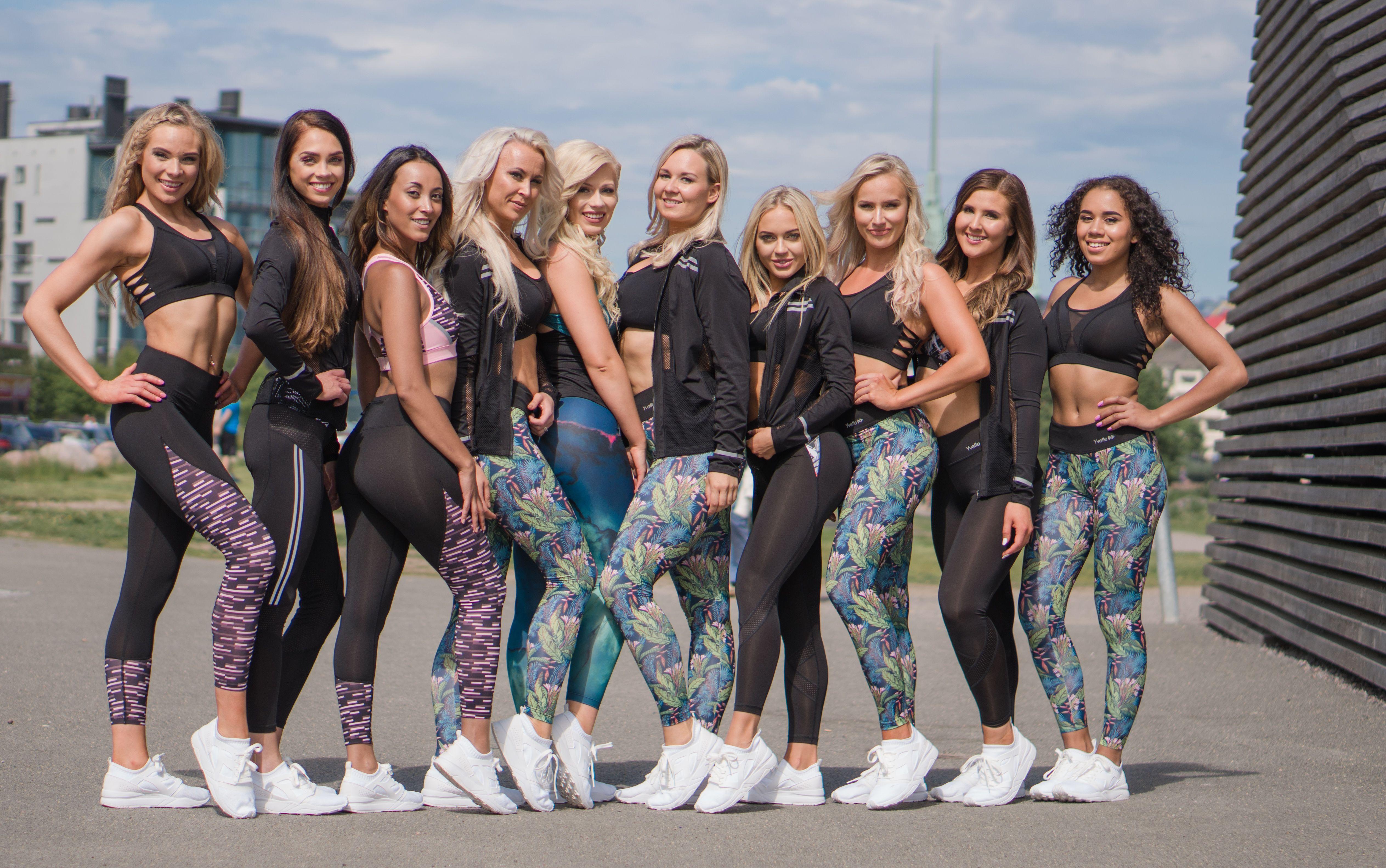 Naisten vaatteet urheiluun, treeniin ja vapaa aikaan