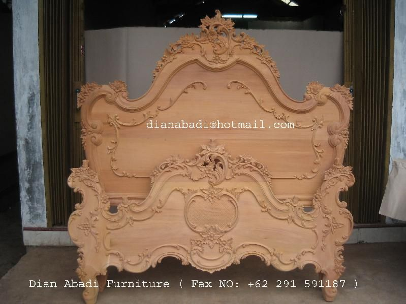 Unfinished mahogany Furniture French Heavy carved wooden bed