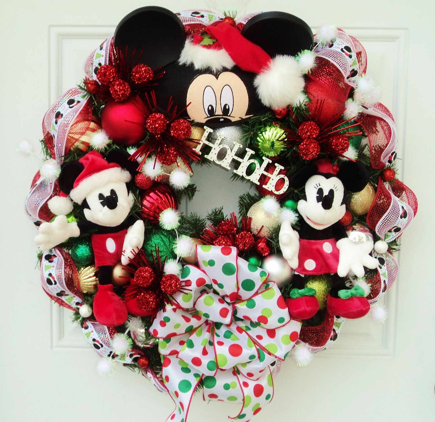 Christmas disney wreath with mickey and by for Adornos navidenos mickey mouse