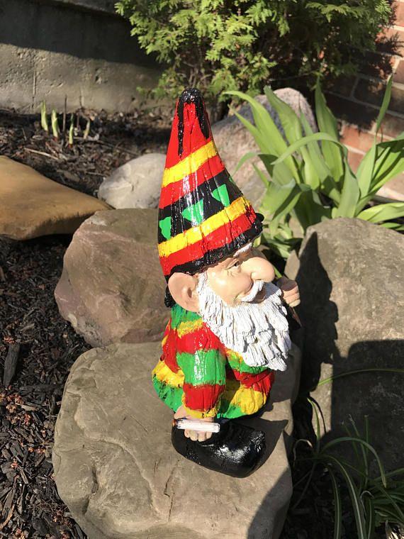 Gnome In Garden: Rasta Garden Gnomes 11 Inch High Rastafarian Yard