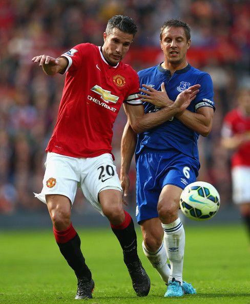 Robin Van Persie Photos Photos Manchester United V Everton Premier League