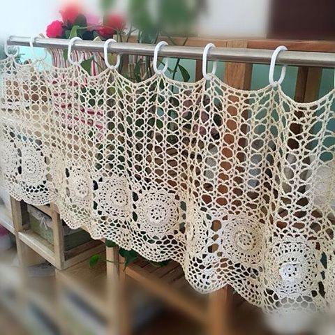 pin von inese tomase auf diy and crafts pinterest diy h keln gardinen und dekorieren. Black Bedroom Furniture Sets. Home Design Ideas