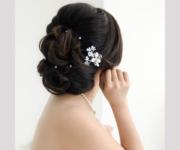 35 Drool-Worthy Updos For Weddings - SloDive