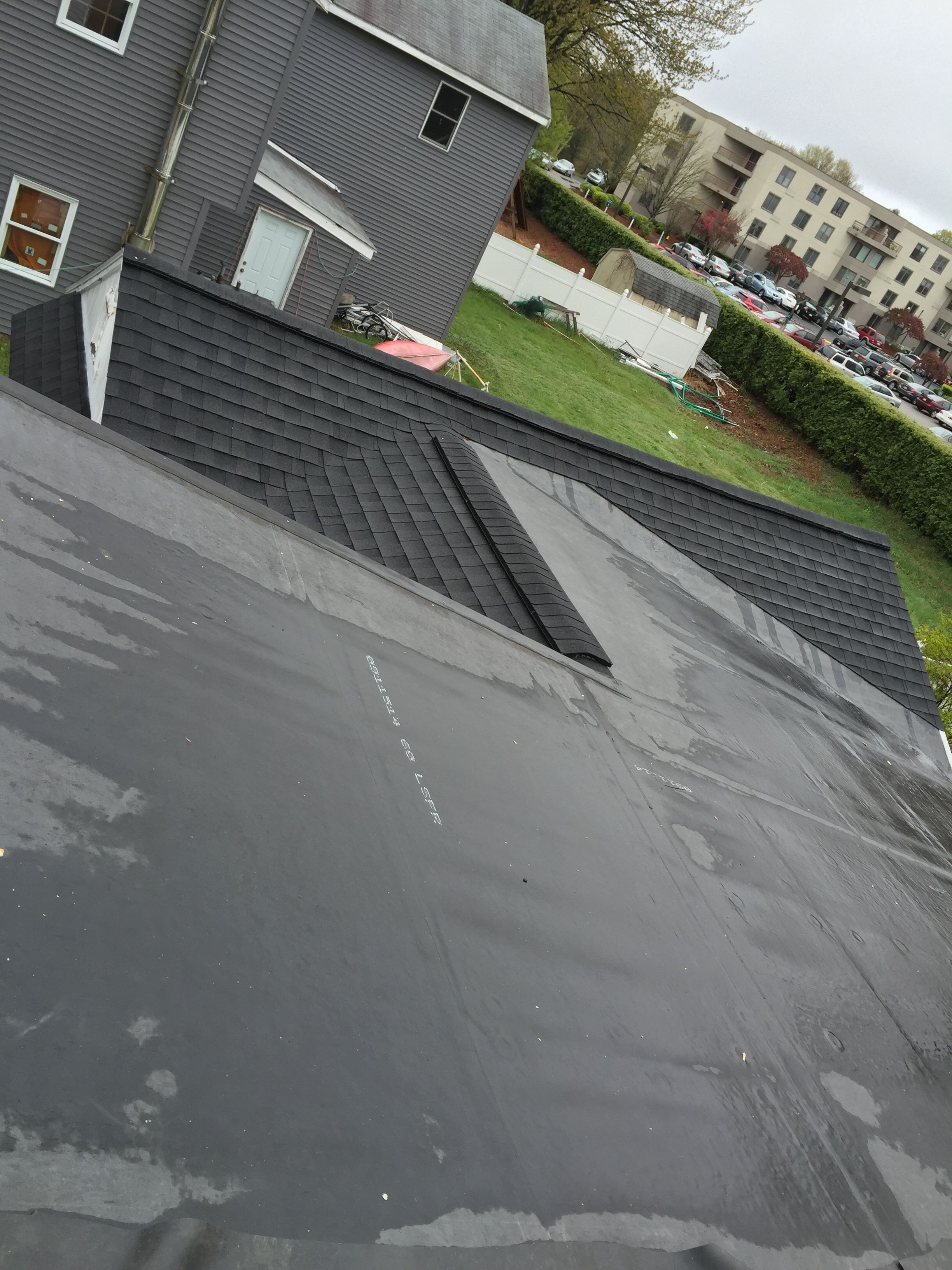 There Are Many People Who Think That A Roof Inspection Is More Of A Do It Yourself Project But The Truth Is That Roofing Professional Roofing Roof Inspection