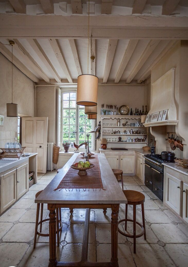 Image Via Bread And Olives Country Kitchen Designs Provence Kitchen French Country Kitchens