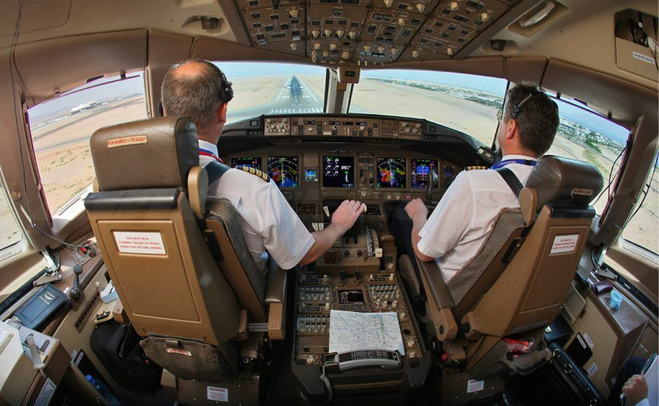 Chinese airlines are luring foreign pilots with lucrative pay