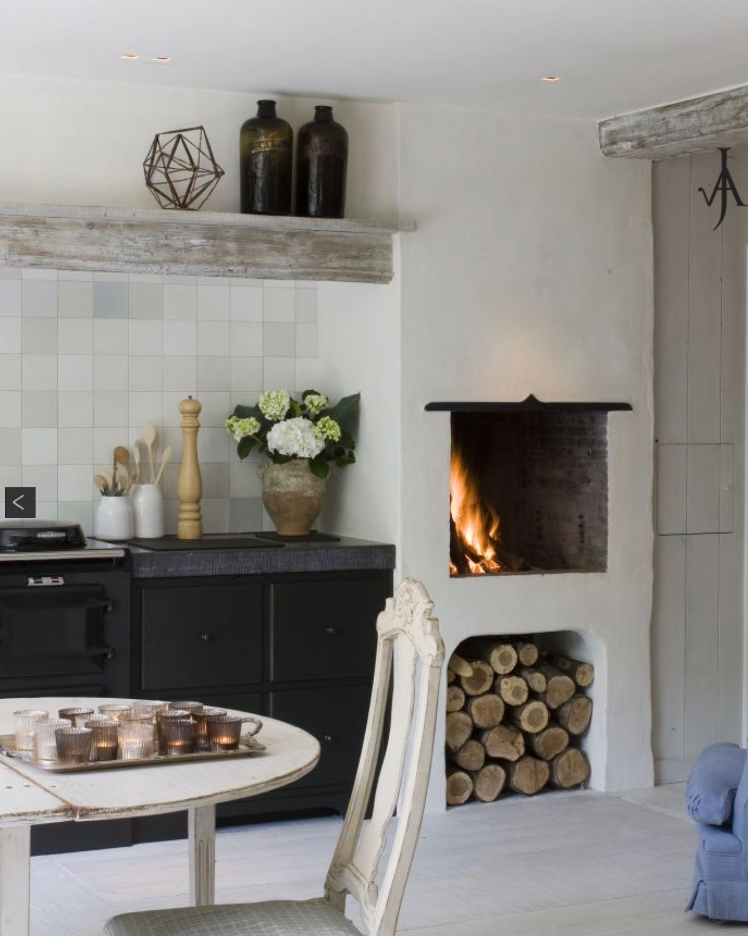 Love The Fireplace Decor Home Kitchens Fireplace Design