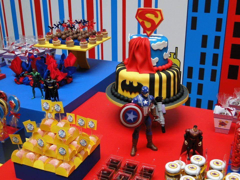Superhero party utilidades pinterest super heri heris e linda festa infantil com tema de os vingadores decorao de festa infantil thecheapjerseys Image collections