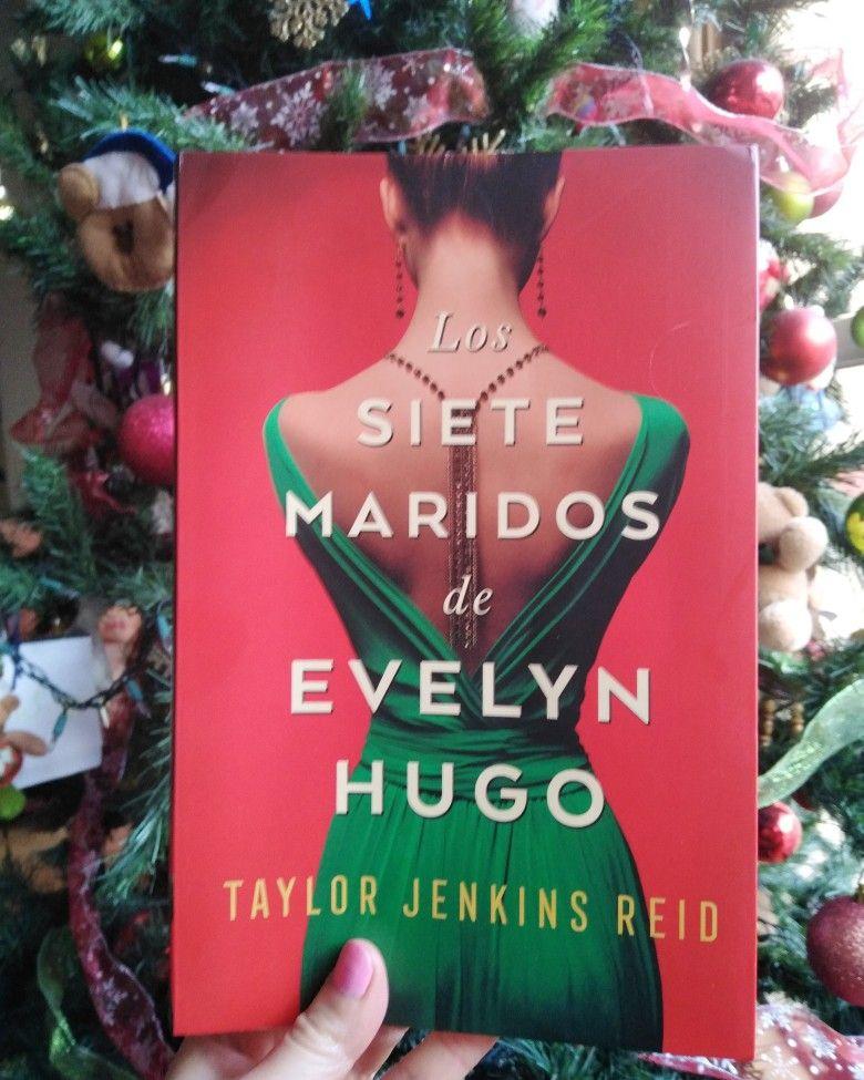 Los Siete Maridos De Evelyn Hugo Book Cover Books Cover