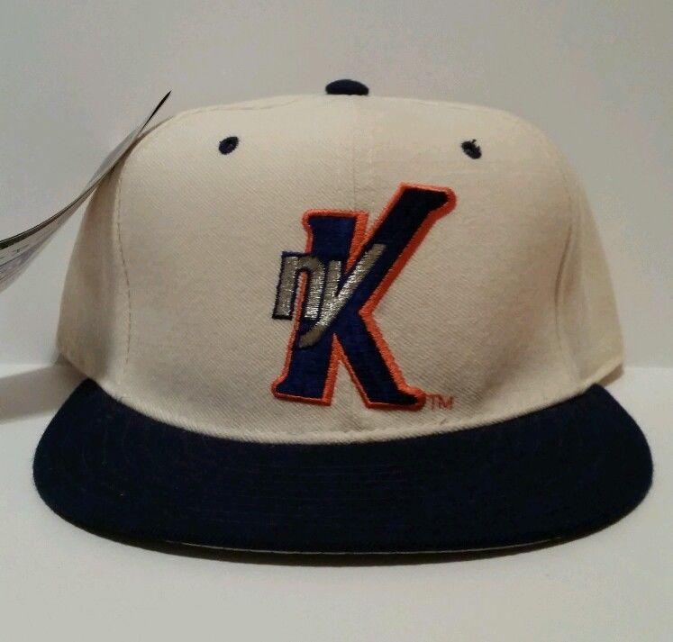 070ea2d0c4694 Vintage 90 s DS New York Knicks New Era Pro Model Fitted Hat