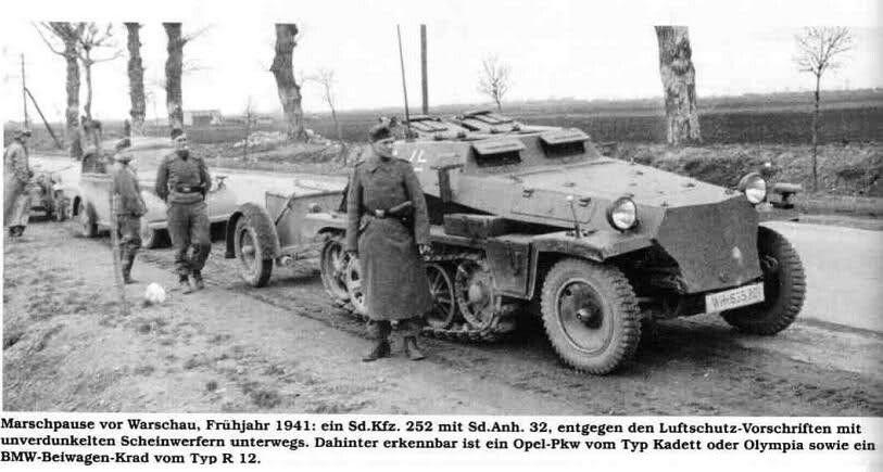 A Sdkfz 252 ammunition schlepper | German Halftrack Variants