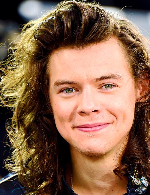 Sorrynotharry Long Hair Styles Men Harry Styles Long Hair Styles