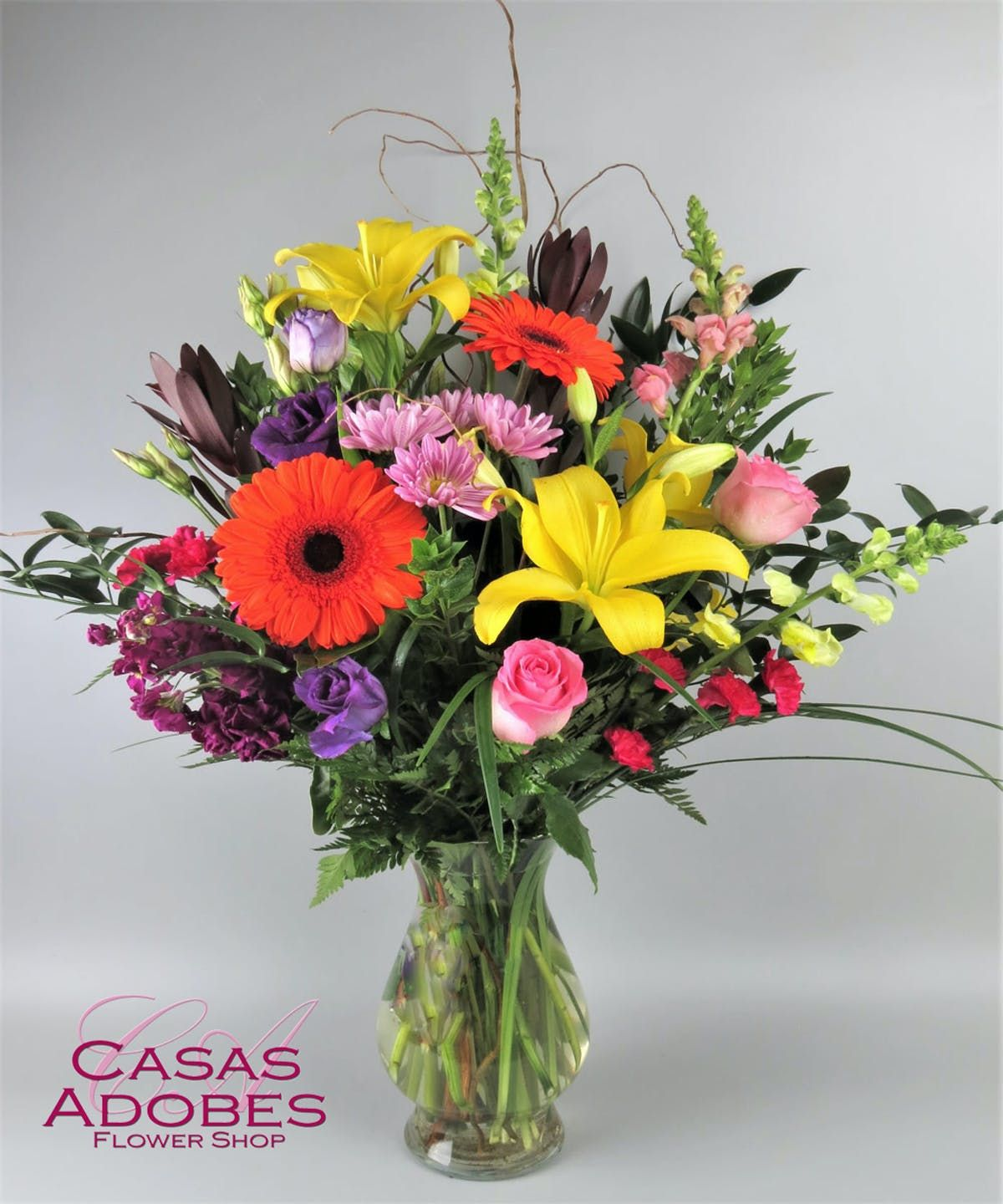 Classic Garden In 2020 Classic Garden Mini Carnations Flower Delivery